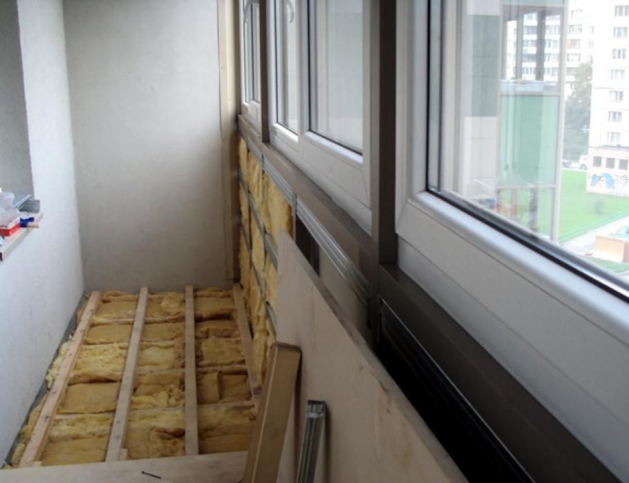 Утепление балкона и теплый пол сколько стоит.