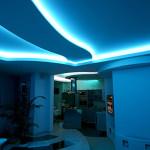 Видеоинструкция по установке светодиодных лент в квартире