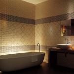 Мозаичная плитка на ванной – фото