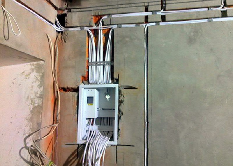 Проводка электричества в доме своими руками