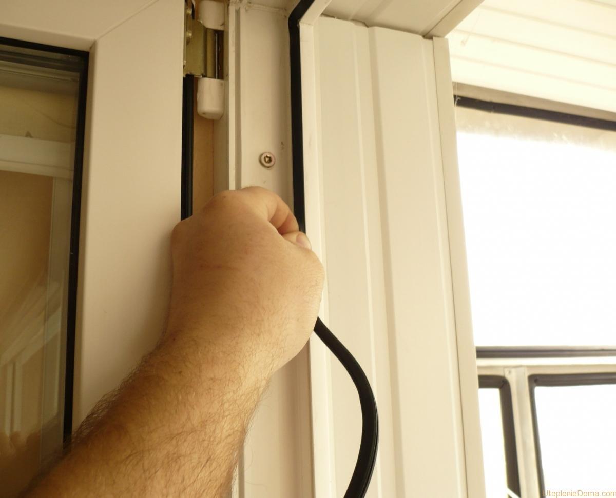 Как оштукатурить откосы на окнах: видео, фото 50